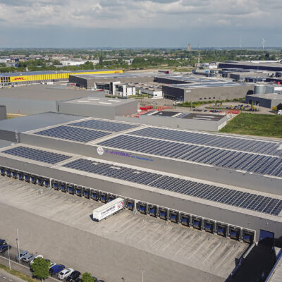 3000 zonnepanelen op dak GD-iTS warehouse